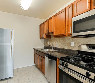 Rent-control-apartments-DC-Penn-View